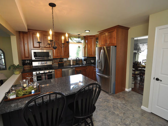 Leach_Kitchen_Completed_2_576x432.jpg